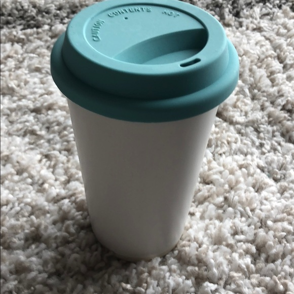 Threshold White Mug w/Teal silicone lid